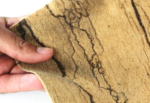 Prírodný ohybný pieskovec, obklad interiéru flexibilným pieskovcom, flexibilný pieskovec, hrúbka pieskovca, moderný obklad, pieskovcová tapeta